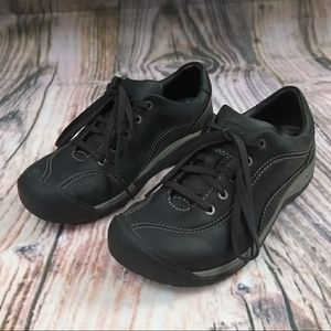Keen Leather Black Hiking/Sneakers Size 6.5